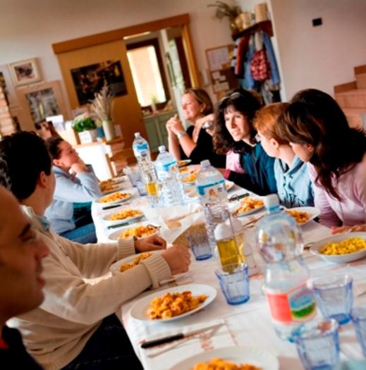 pranzo-casa-accoglienza-san-giuseppe-santa-rita